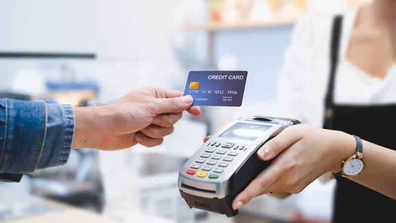 5 Transaksi Menguntungkan dengan Menggunakan Kartu Kredit